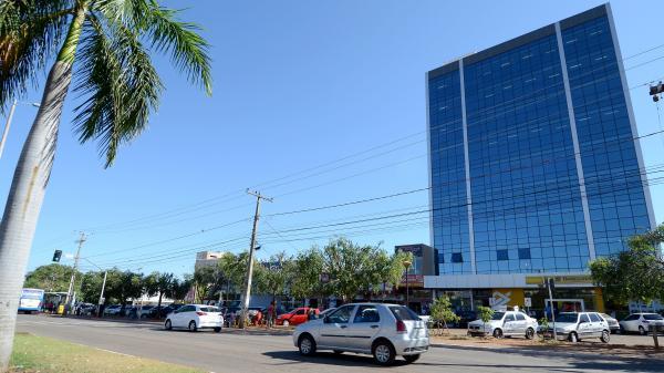 Atividades do prédio da Prefeitura de Palmas da Avenida JK são suspensas para manutenção dos elevadores