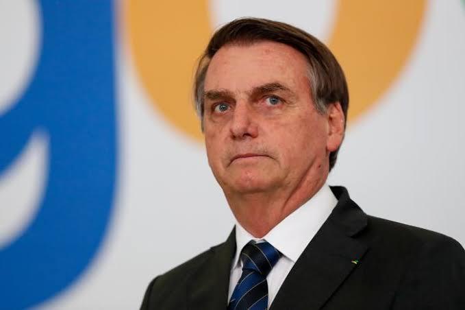 Bolsonaro passará por cirurgia de médio porte na semana que vem, diz médico