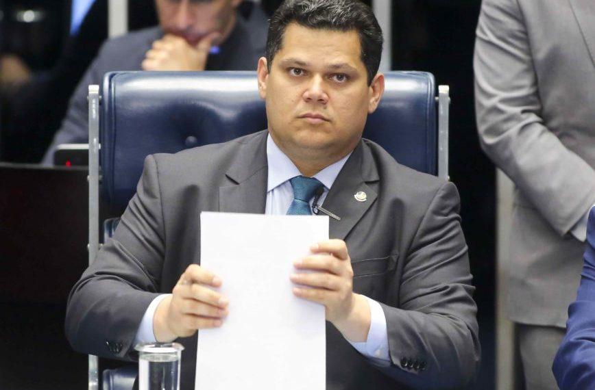 Deputados aprovam Título de Cidadão Tocantinense ao presidente do Senado Davi Alcolumbre