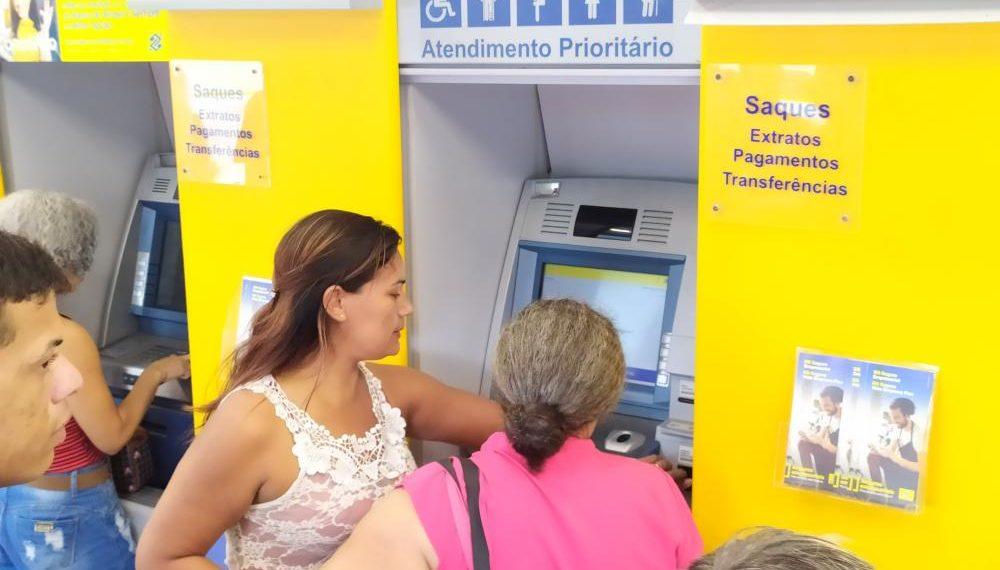 DESCASO: Falta de dinheiro em caixas eletrônicos do Banco do Brasil de Taquaralto deixa clientes revoltados