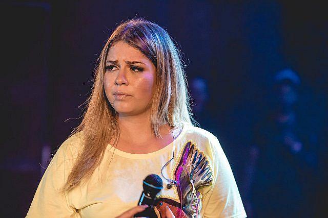 Marília Mendonça lamenta fim trágico de show com vandalismo e lesões corporais em BH; VEJA VÍDEO