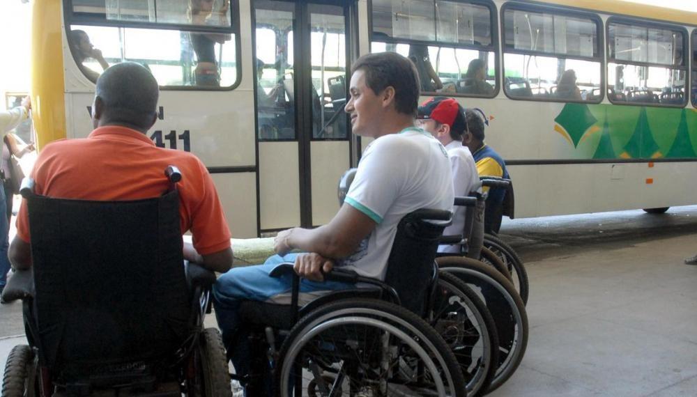 Pessoas com deficiência agora também tem direito a Passe Livre pela internet