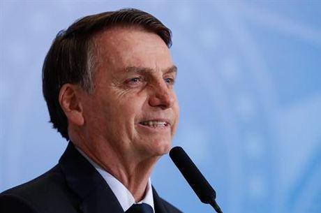 Presidente Jair Bolsonaro acaba de assinar desfiliação do PSL