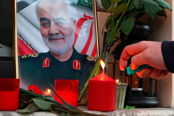 Trump teria autorizado assassinato de Soleimani há 7 meses, diz emissora