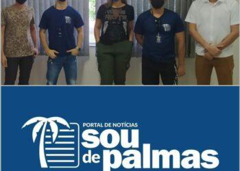 Equipe do portal de notícias Sou de Palmas. Da direita para esquerda, Ramon Macedo - Editor-chefe, Wesley Carvalho - Social Media, Julia Carretero - Redação, Kainã Lucas - Social Media e Rafael Coimbra - Redação.